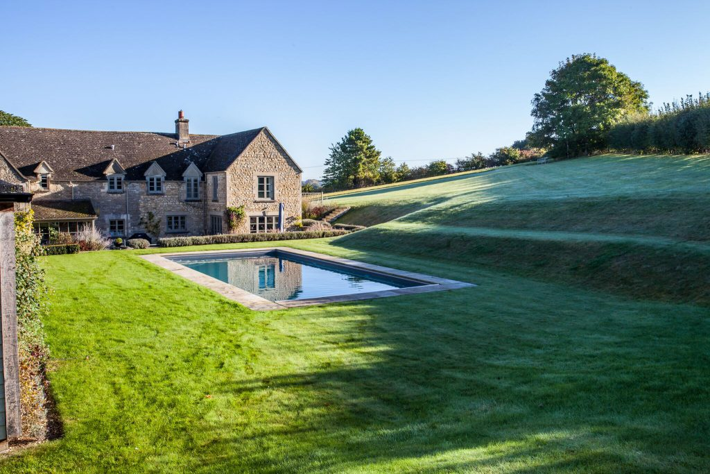 clearwater pools burford installation